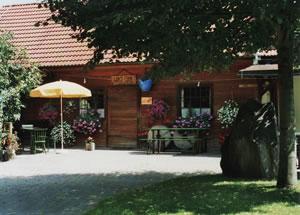 """Ab-Hof Gansterer """"Europamoststadl"""""""
